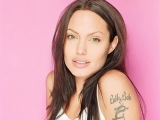 angelina-jolie-tattoo